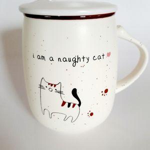 NAUGHTY CAT LIDDED MUG